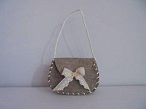 Kabelky - Filcová kabelka detská s čipkou - 7842278_
