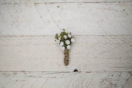 """Kvetinové pierko pre ženícha """"biely závoj"""""""
