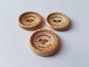 Galantéria - Drevený gombík HANDMADE WITH LOVE 2cm - 7841280_