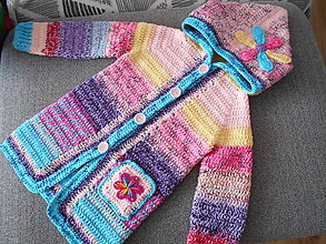 Detské oblečenie - Svetro-kabátik