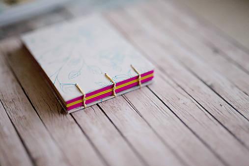 Ručne šitý zápisník - ruže