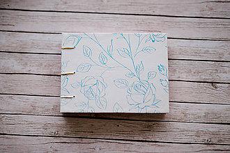 Papiernictvo - Ručne šitý zápisník - ruže - 7845667_