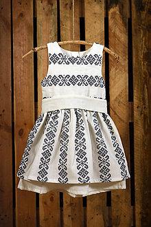 Detské oblečenie - Šaty s opaskom a folklórnym motívom pásy - 7845765_
