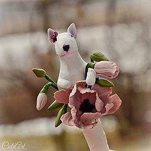 Pierka - Bulteriér a maky - pierko pre svadobnú mamu podľa fotografie - 7845239_