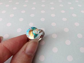 Prstene - Rhódiovaný prsteň s kryštálom Swarovski Crystal AB - 7844199_