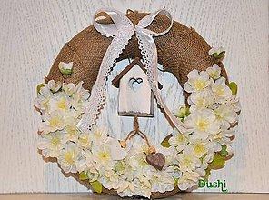 Dekorácie - venček jutový s kvetmi čerešne - 7845362_