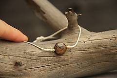 Náramky - Náramok na šnúrke bronzit - 7849569_