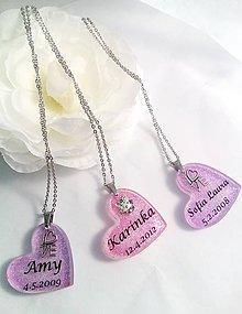 Iné šperky - Osobné živicové prívesky s textom - 7853373_