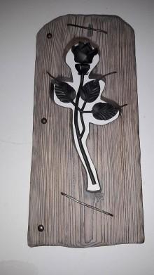 Dekorácie - Ruža v smrekovom dreve - 7856419_
