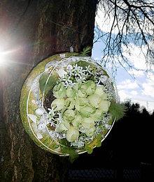 Dekorácie - Jarný veniec s crocusami - 7858349_