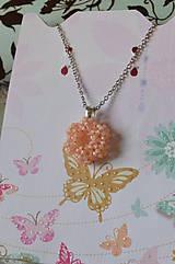 Náhrdelníky - Prívesok - Silver-Lined Milky Peach - 7862866_
