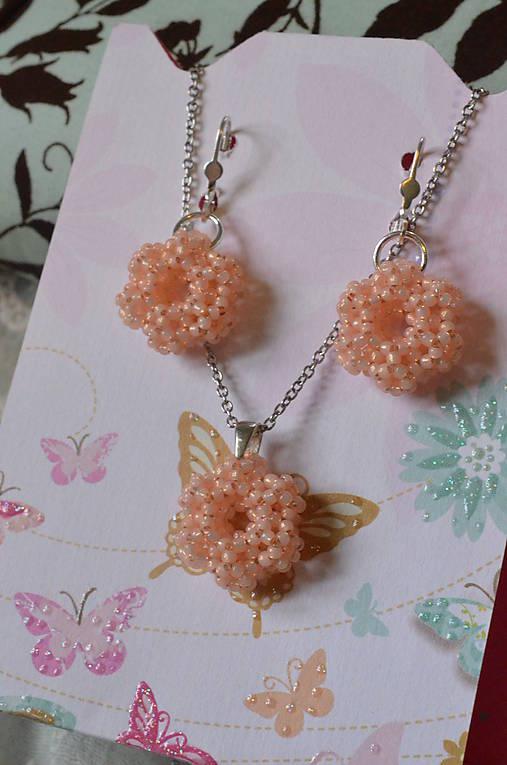 Sada - Silver-Lined Milky Peach