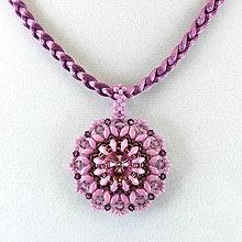 Náhrdelníky - Sv.ametystový náhrdelník so SW príveskom - 7860649_