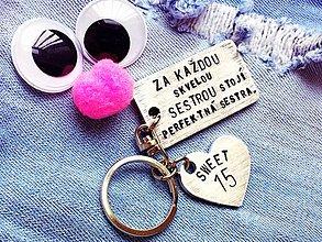 Kľúčenky - Za každou skvelou sestrou stojí perfektná sestra :) - 7872828_