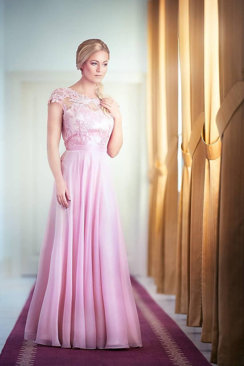 0eb85e9b4d5ff ... Šaty - Spoločenské šaty s kruhovou sukňou v púdrovej ružovej farbe -  7869293_ ...