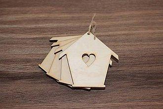 Polotovary - Drevený domček so srdiečkom - 7870212_