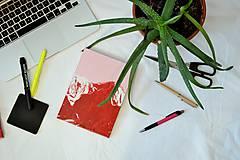 Horský zápisník / Pink