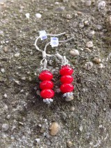 Náušnice - Koral červený brúsený - náušnice so strieborným háčikom - 7875859_