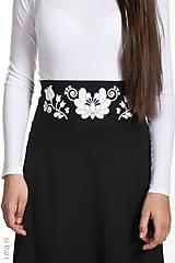 - Dámska sukňa A-strih KVETOVANÝ OPASOK - 7874193_