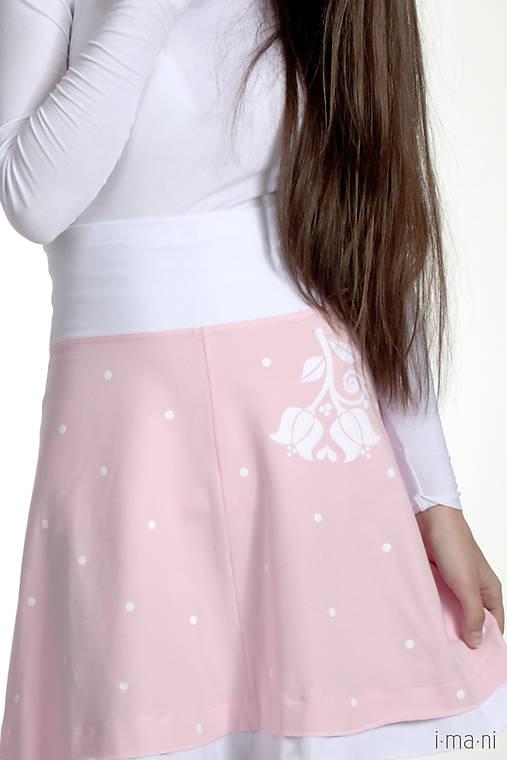 Dámska sukňa A strih jemne ružová folk KVETINKA