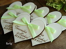 Darčeky pre svadobčanov - Svadobné magnetky srdiečko s mašličkou limetkovou - 7883736_