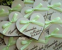 Darčeky pre svadobčanov - Svadobné magnetky srdiečko s mašličkou limetkovou - 7883740_