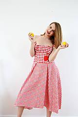 Šaty - Gingham červené šaty s kvetom  - 7885843_