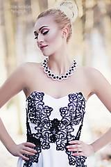 """Náhrdelníky - perlový náhrdelník black & white – """"white day"""" - 7889477_"""