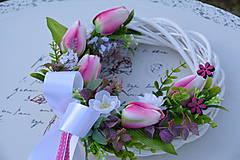 Dekorácie - Venček s tulipánmi - 7890024_