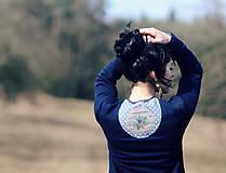Šaty - Jelen v borovém háji - 7889446_