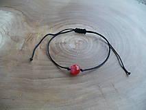 - jednoduchý šnúrkový náramok s Achátom červeným - 7892196_