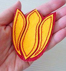 """Odznaky/Brošne - Maxibrošňa """"Tulipán"""", červeno-žltý - 7891783_"""