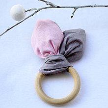 Hračky - Drevené hryzátko pre bábätko Pink Grey - 7897758_