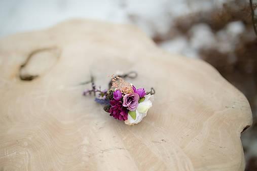 """Kvetinový náramok na drôtiku """"sladká uspávanka"""""""