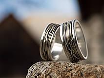 Prstene - Prepletené cesty osudu /prelínanie farieb/ - 7902488_