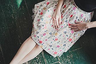 Sukne - Bílá zavinovací sukně s květy - 7899793_