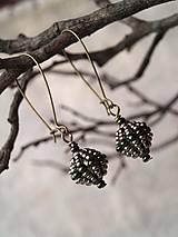 Náušnice - guličky korálikové zelenkavé - 7901398_