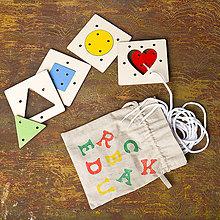 Hračky - Hra Tvary a farby - na jemnú motoriku + RUČNE ŠITÉ VRECÚŠKO - 7904738_