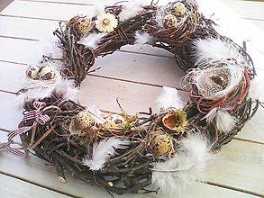 Dekorácie - Natural veľkonočný veniec s prepeličími vajíčkami - 7908375_