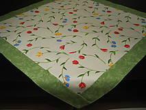 Úžitkový textil - Obrus - Kvety so zeleným lemovaním - 7912117_