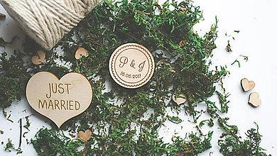 Darčeky pre svadobčanov - Drevená magnetka pre svadobčanov, 4 cm - 7909311_