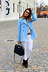 Kabáty - Svetlo modrý trenčkot - 7912101_