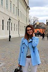 Kabáty - Svetlo modrý trenčkot - 7912102_