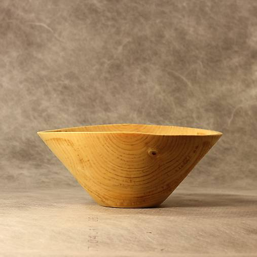 miska z brezového dreva