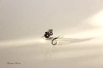 Prstene - strieborný prsteň s kvietkom - 7909773_