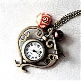 - srdcové hodinky - 7914692_