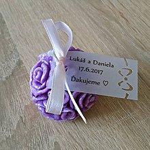 Darčeky pre svadobčanov - Purpurová sviečka z palmového vosku - 7915500_