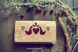 Peňaženky - Korková ľudová peňaženka bordó  - 7916852_