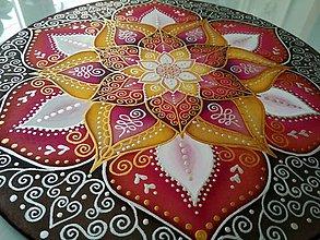 Dekorácie - Mandala rozhodnosti a sebavedomia - 7913839_