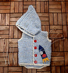 Detské oblečenie - Bledomodrá vestička á la fusak s raketou pre 4 roky - 7922478_